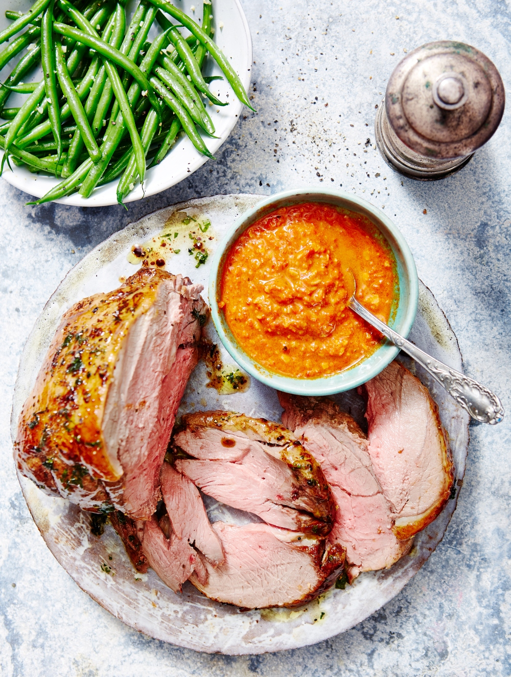 Lamb-with-Romesco-served-with-garlic-green-beans